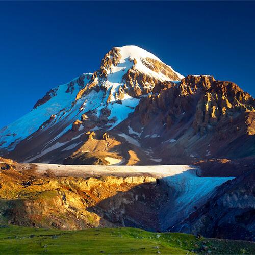 Высочайшая вершина гора Казбек